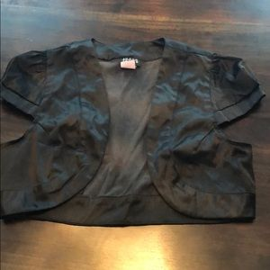Black silk cropped shaw